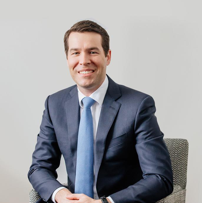 Dr Matthew Peters, plastic surgeon, profile image 03